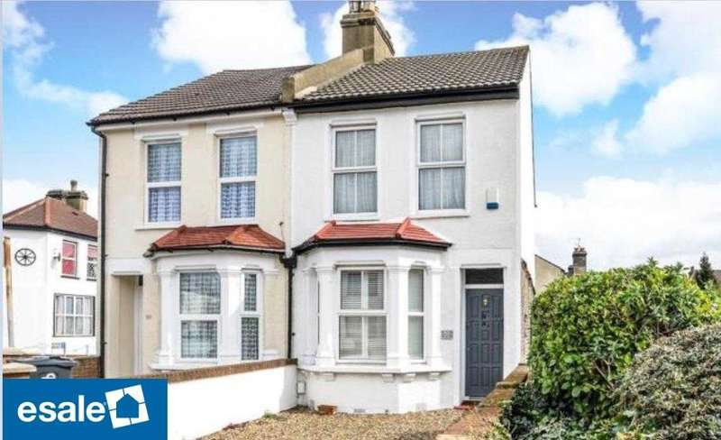 3 Bedrooms Semi Detached House for sale in Cross Road, Croydon