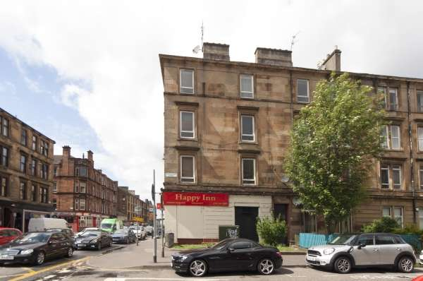 2 Bedrooms Flat for sale in 3/1 3 Meadowpark Street, Glasgow