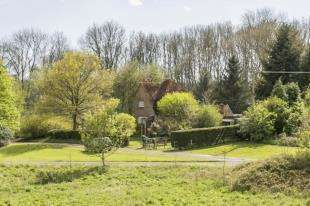 2 Bedrooms Detached House for sale in Reservoir Lane, Sedlescombe, Battle, East Sussex