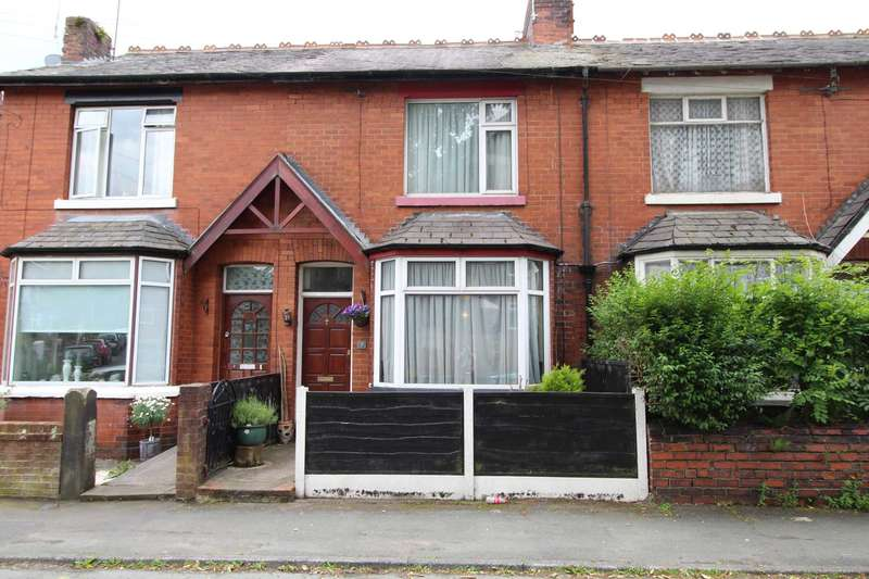 3 Bedrooms Terraced House for sale in The Crescent, Prestwich