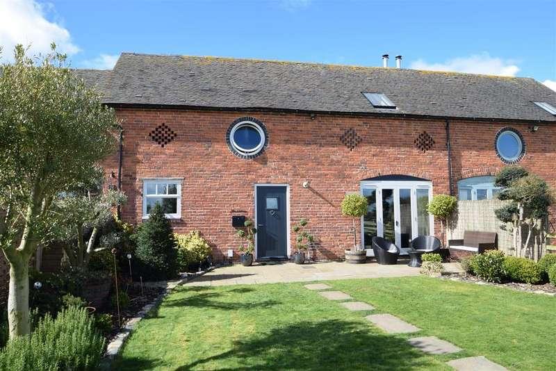 3 Bedrooms Barn Conversion Character Property for sale in The Linhay, Lower Netley Farm, Dorrington, Shrewsbury, SY5 7JY