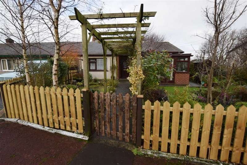 3 Bedrooms Property for sale in Yew Tree Gardens, Barrow In Furness, Cumbria