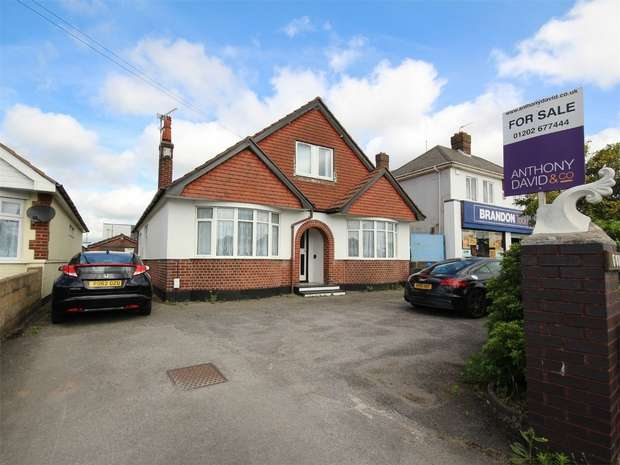 6 Bedrooms Chalet House for sale in Ringwood Road, POOLE, Dorset