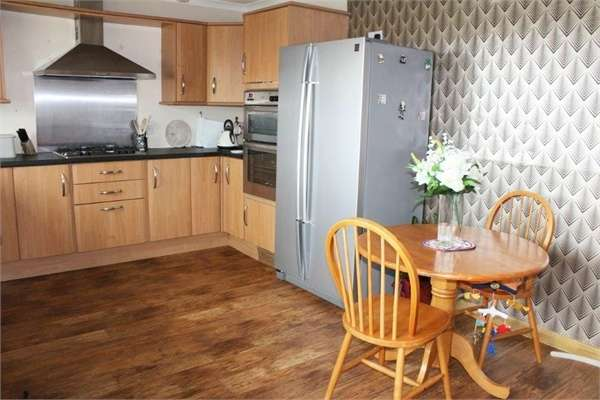 3 Bedrooms Detached House for sale in Gladstone Terrace, Turriff, Aberdeenshire