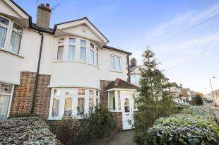 3 Bedrooms Semi Detached House for sale in Felhampton Road, London, .