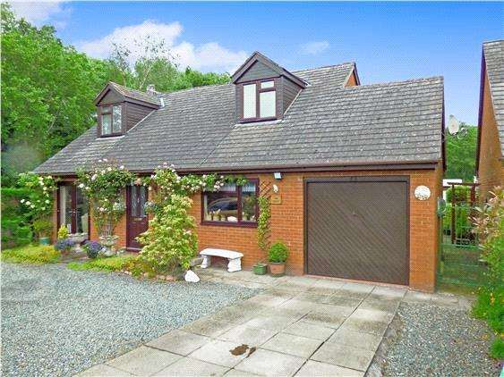 4 Bedrooms Detached Bungalow for sale in Fold Farm, Broad Street, Presteigne, Powys