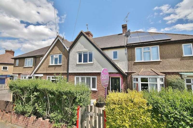 3 Bedrooms Terraced House for sale in Old Woking, Woking