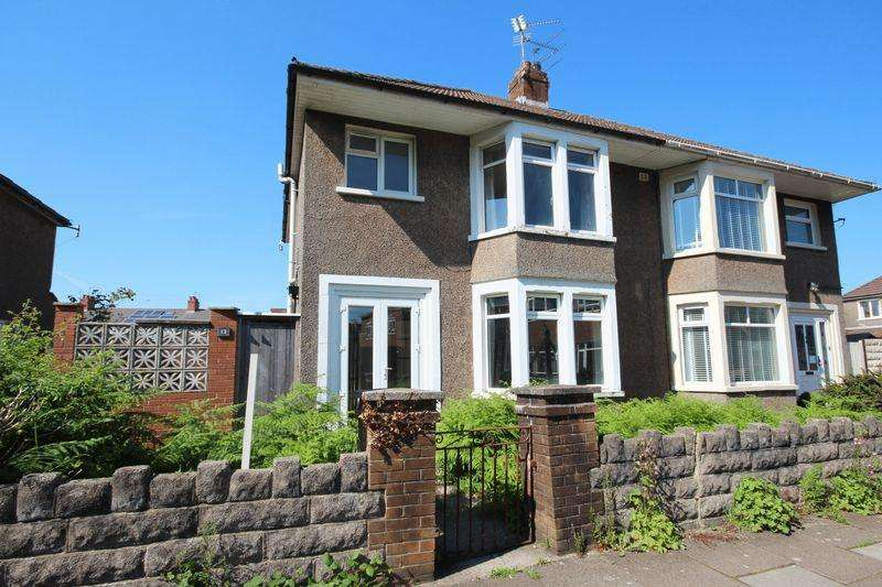 3 Bedrooms Semi Detached House for sale in Heath Park Lane, Heath