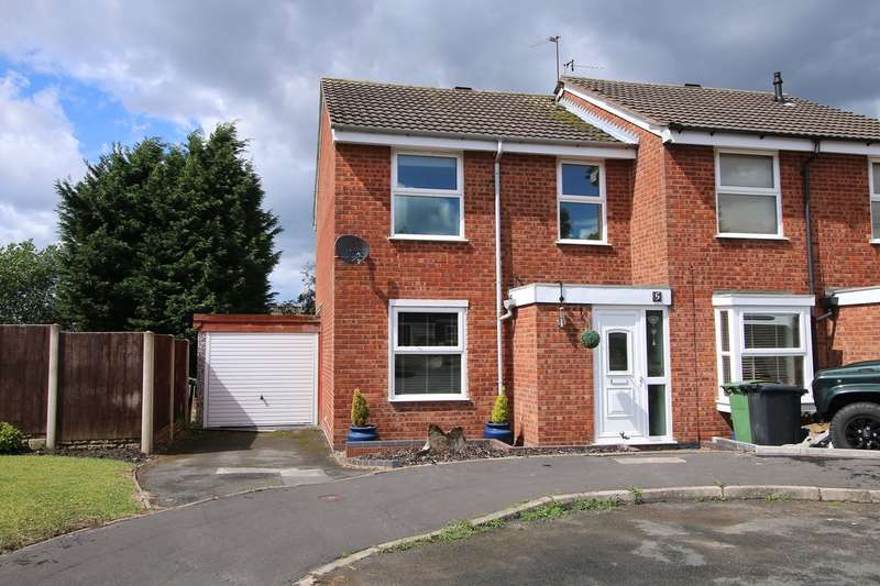 3 Bedrooms Semi Detached House for sale in Kelling Close, Amblecote, Brierley Hill, DY5