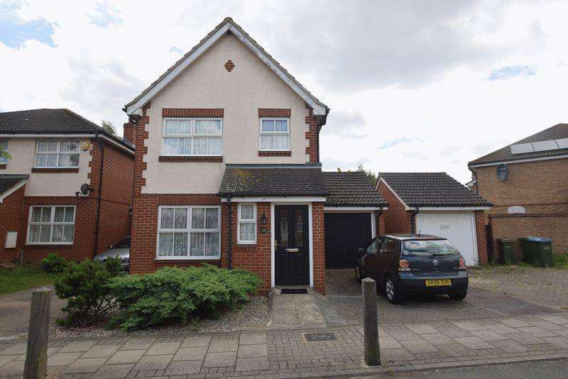 3 Bedrooms Detached House for sale in Merbury Road, West Thamesmead