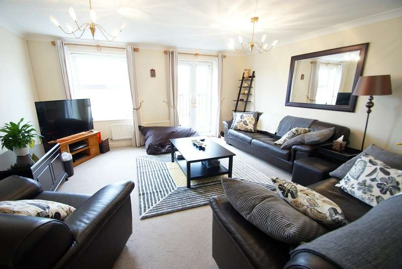 4 Bedrooms Town House for sale in Beaufort Square, Pengham Green