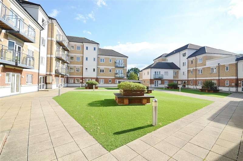 2 Bedrooms Apartment Flat for sale in Hales Court, Ley Farm Close, Garston, Hertfordshire, WD25