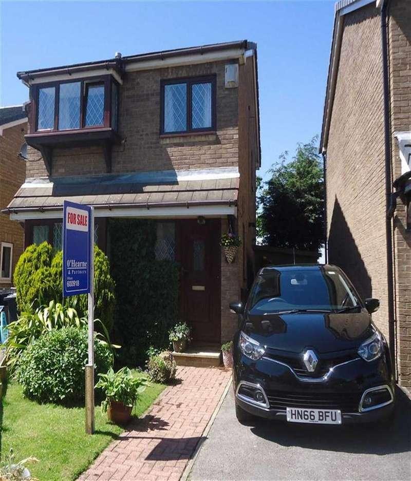 3 Bedrooms Detached House for sale in Sangster Way, Bradford, West Yorkshire, BD5