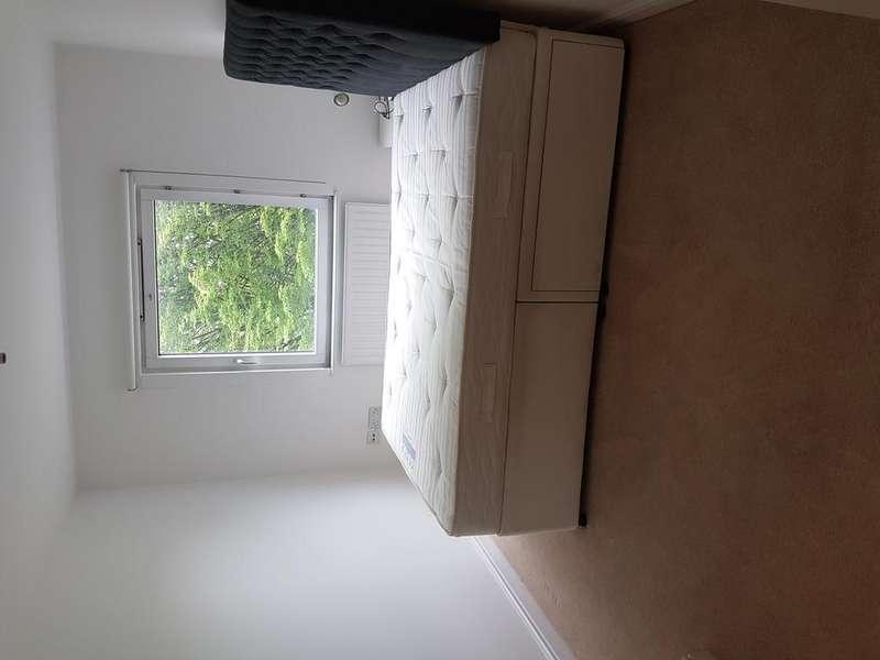 1 Bedroom Block Of Apartments Flat for sale in Winkfield Road, Wood Green, London, N22