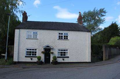 3 Bedrooms Detached House for sale in Westford Road, Warrington, Cheshire