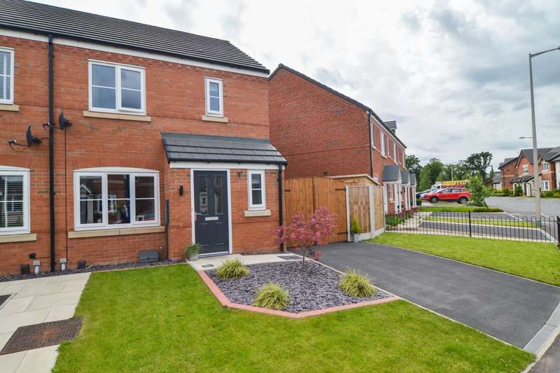 3 Bedrooms Semi Detached House for sale in Vulcan Park Way, Newton Le Willows