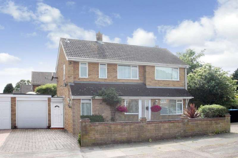 5 Bedrooms Detached House for sale in APPROX 1652.8 SQ FT 4/5 BED DETACHED with EN-SUITE, OFF ROAD PARKING & GARAGE in ADEYFIELD