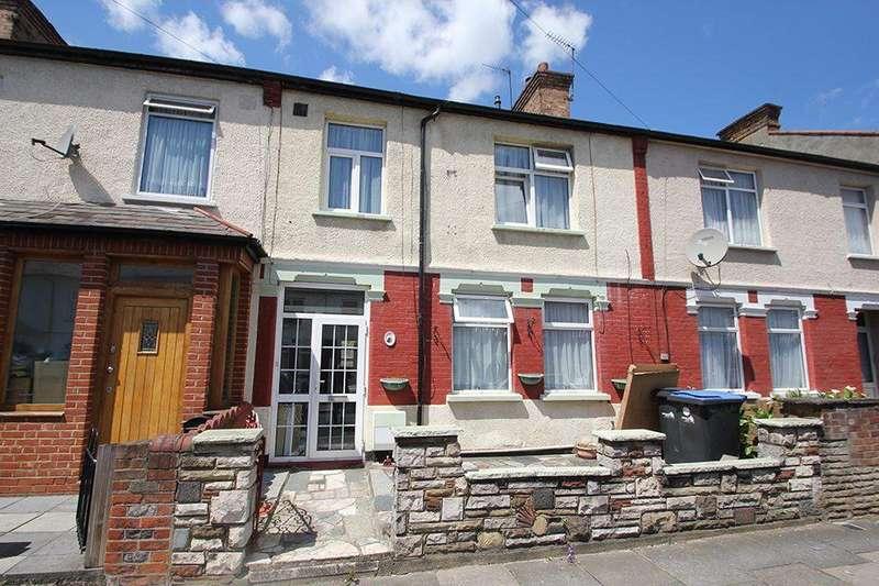 3 Bedrooms Terraced House for sale in Kingsway, Ponders End, EN3