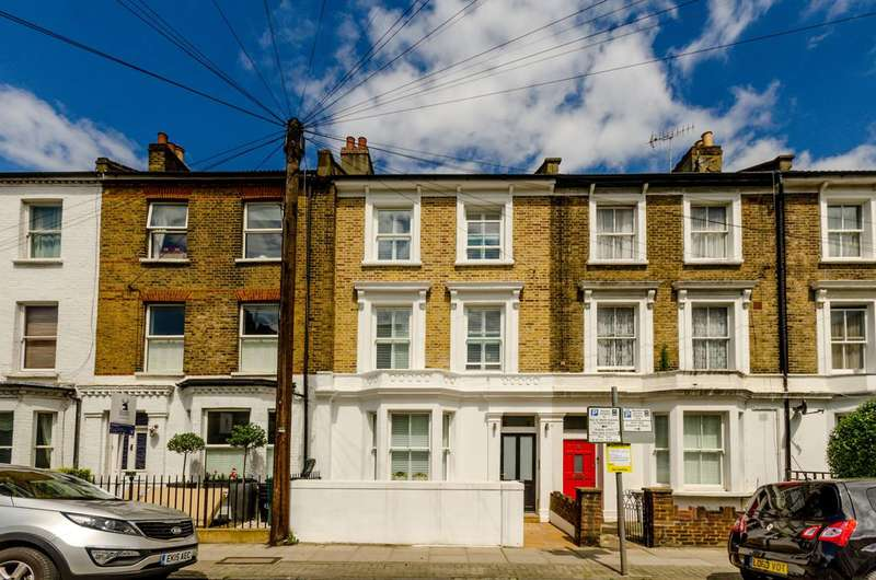 3 Bedrooms Flat for sale in Disraeli Road, Putney, SW15