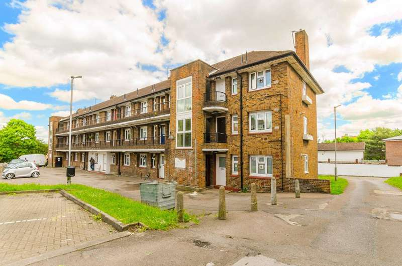 2 Bedrooms Flat for sale in The Grange, East Finchley, N2