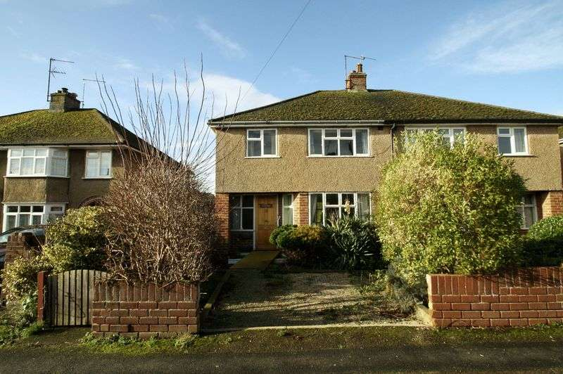 3 Bedrooms Property for sale in St Nicholas Road, Wallingford