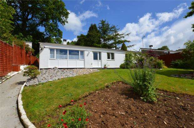 3 Bedrooms Detached Bungalow for sale in Donierts Close, Liskeard, Cornwall