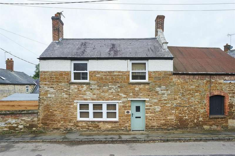2 Bedrooms Semi Detached House for sale in Main Street, Wilbarston, Market Harborough, Northamptonshire
