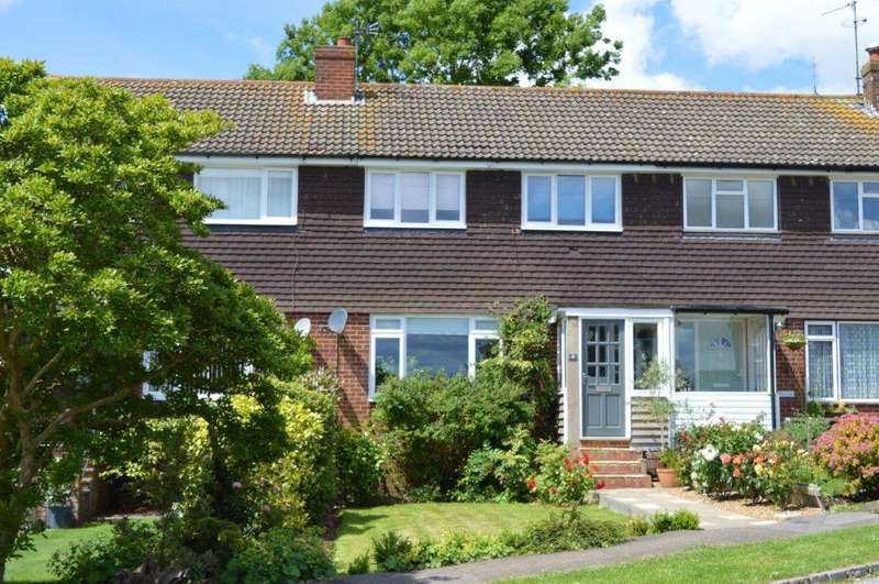 3 Bedrooms Terraced House for sale in St Marys Close, Ticehurst TN5