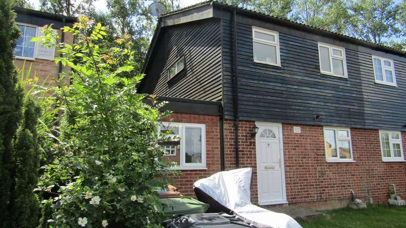 3 Bedrooms Semi Detached House for sale in Wilcox Close, Borehamwood, Herts WD6