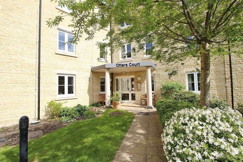 2 Bedrooms Property for sale in Otters Court, Witney