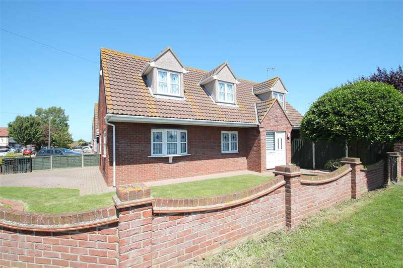4 Bedrooms Property for sale in North Road, Clacton-On-Sea