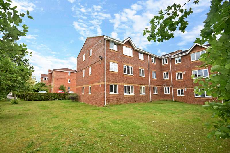 2 Bedrooms Flat for sale in Walpole Road, Slough, SL1