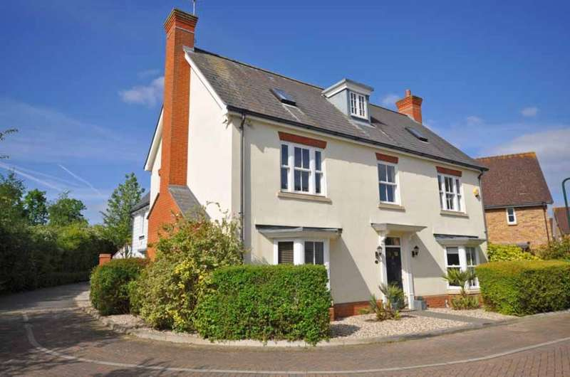 5 Bedrooms Detached House for sale in Tailors Close, Great Notley, Braintree, CM77