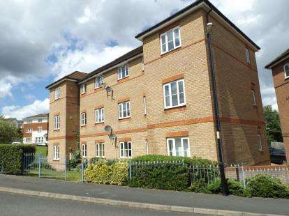 2 Bedrooms Flat for sale in Ashdown Grove, Walsall, West Midlands