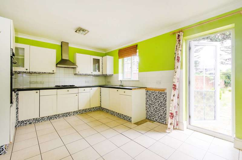 2 Bedrooms End Of Terrace House for sale in Rayners Lane, Rayners Lane, HA2