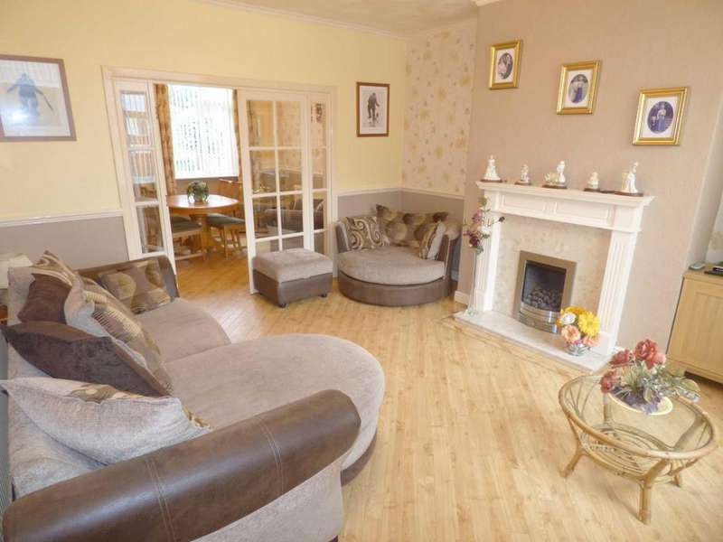 2 Bedrooms Terraced House for sale in Keswick Street, Castleton, Rochdale, Lancashire, OL11