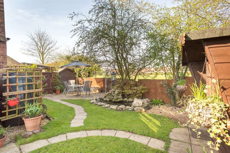 4 Bedrooms Detached House for sale in The Hollies, Osgodby, Selby, YO8