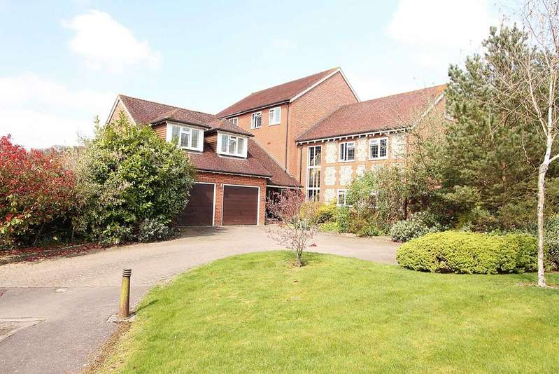 7 Bedrooms Country House Character Property for sale in Old Stocks Court, Upper Basildon, Berkshire
