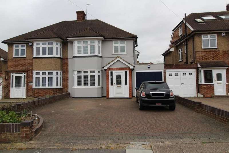 3 Bedrooms Semi Detached House for sale in Severn Drive, Upminster, Essex, RM14