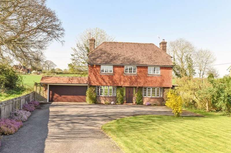 4 Bedrooms Detached House for sale in Bell Road, Warnham, RH12