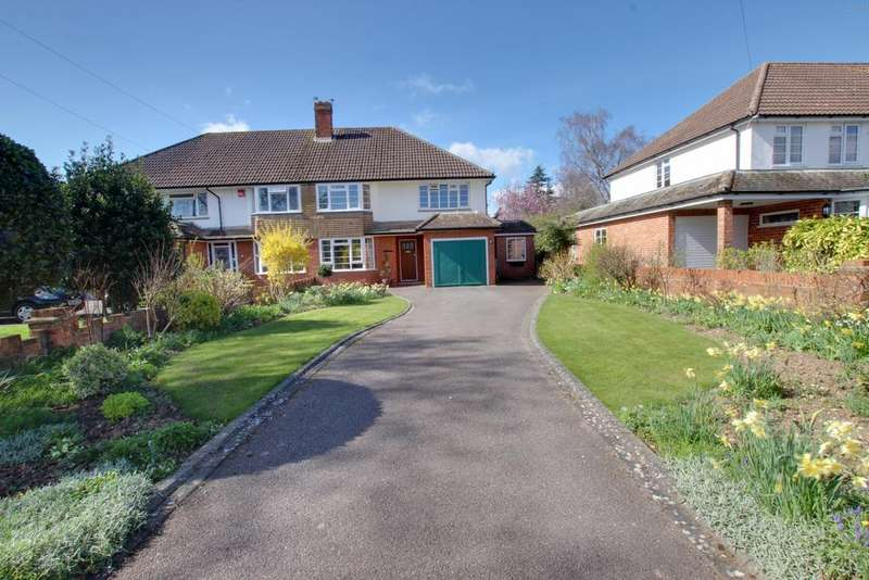 4 Bedrooms Semi Detached House for sale in Warblington