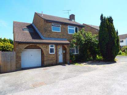 6 Bedrooms Detached House for sale in Poole, Dorset