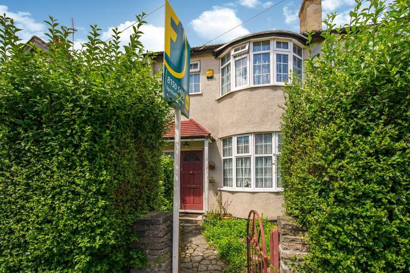 3 Bedrooms House for sale in Abercairn Road, Streatham Vale, SW16