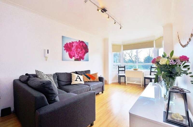 1 Bedroom Apartment Flat for sale in Brandling Court, Akenside Terrace, Newcastle Upon Tyne