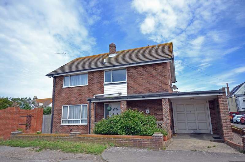 3 Bedrooms Detached House for sale in Croft Road, Selsey, PO20