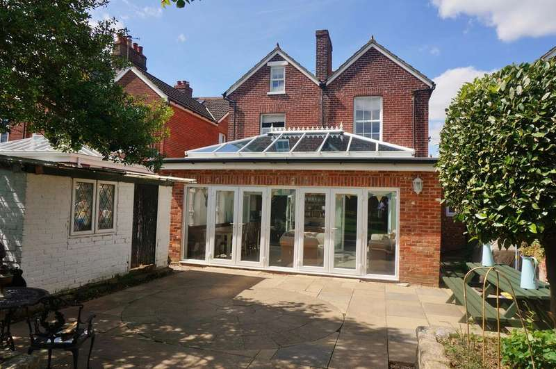 5 Bedrooms Detached House for sale in SOUTHAMPTON ROAD, FAREHAM