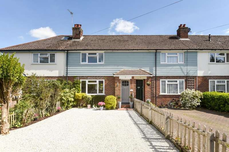 3 Bedrooms House for sale in Westgrove Gardens, Bridge Road, Emsworth, PO10