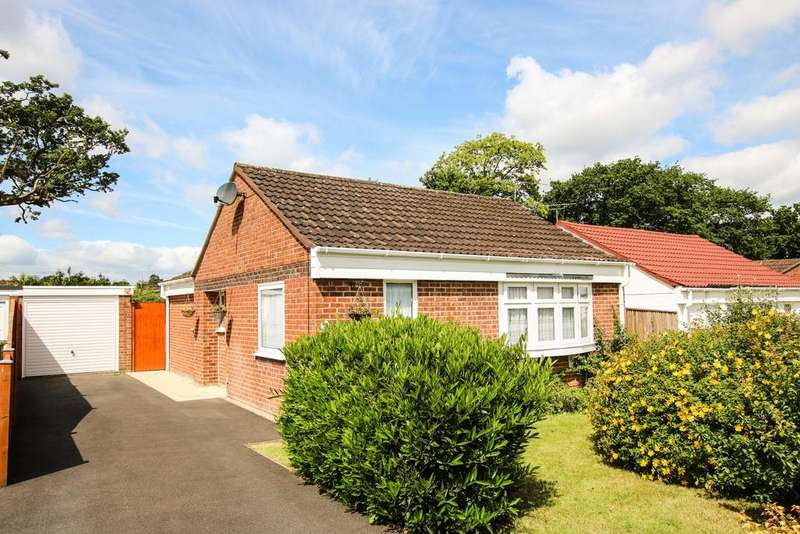 3 Bedrooms Bungalow for sale in West End