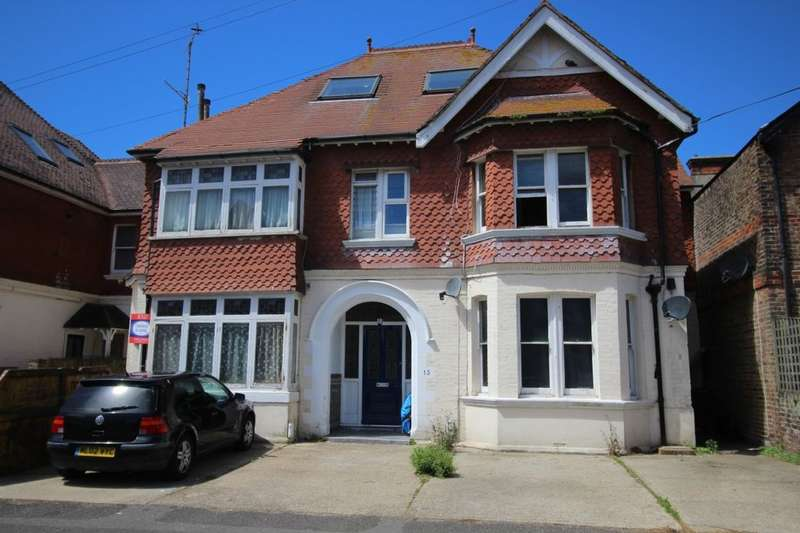 1 Bedroom Flat for sale in Queens Road, Worthing, BN11