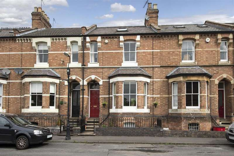 4 Bedrooms Town House for sale in Hyde Place, Leamington